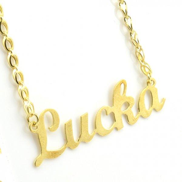 Gravírovaný prívesok s vlastným menom z bieleho alebo žltého zlata - Lucka