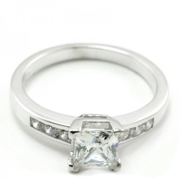Zásnubný prsteň z bieleho zlata so 6 zirkónmi plus štvorcový kameň Jana