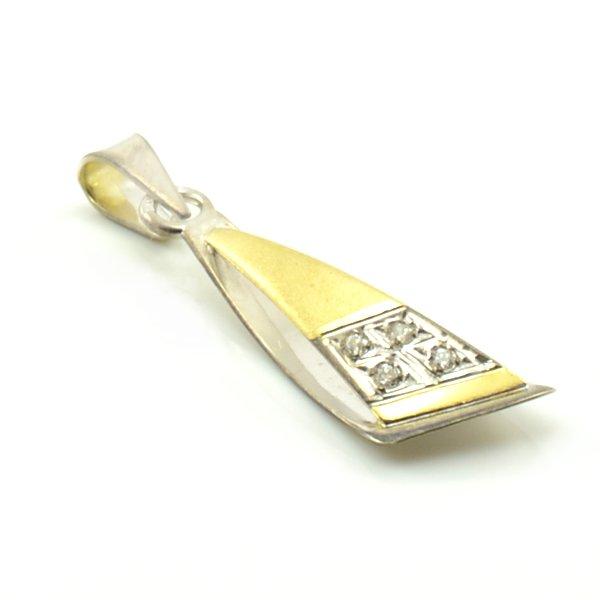 Zlatý prívesok v kombinácií žltého matného a bieleho lesklého zlata