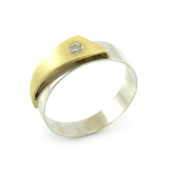 Zlatý prsteň - kombinácia žltého a bieleho zlata so zirkónom
